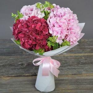 Букет розовая гортензия