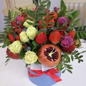 Цветы и фрукты в коробке #12