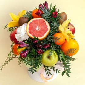 Цветы и фрукты в коробке #6